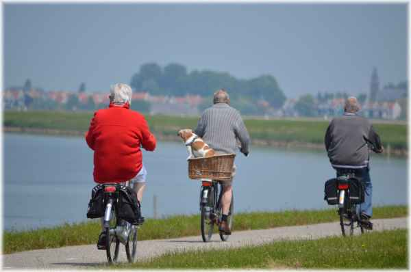active bikes cyclist elderly